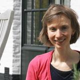 Aline Van Bever